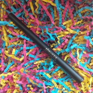 Doucce Fierce and Fine Graphic Eyeliner Pen Black